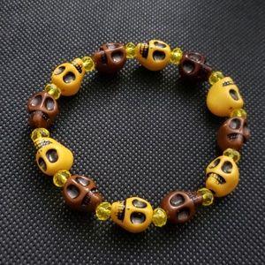 🆕 NWT Handmade Brown Yellow 3D skull bracelet 7.5